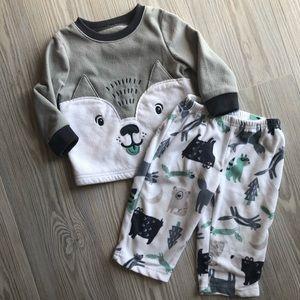 Buy3get1free 💙 12 month Carters Fleece Pajamas
